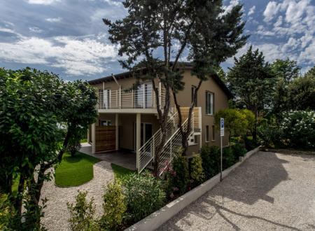 Wakacyjne apartamenty nad jeziorem Garda: pierwsza eko - rezydencja